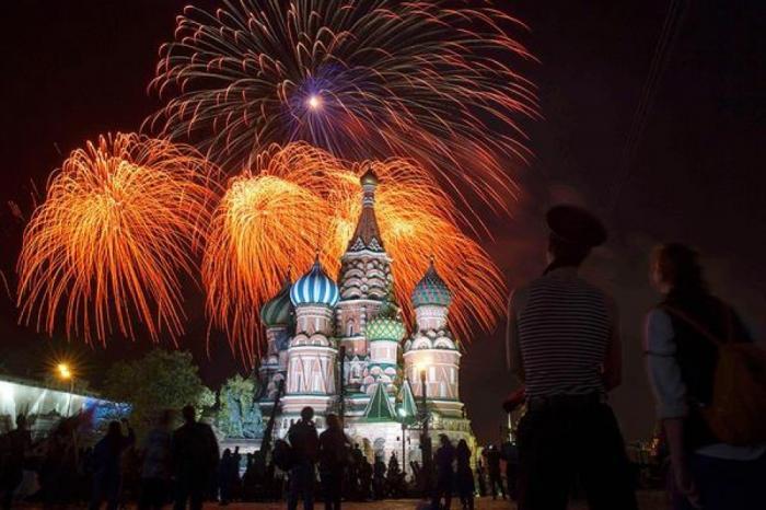 День Победы в Москве 2017 – план мероприятий, акции, парад и салюты