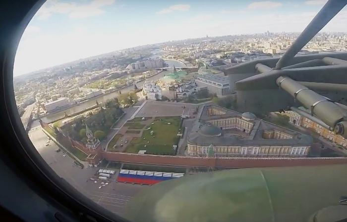 Уникальные съемки тренировочных полётов авиации перед парадом Победы в Москве