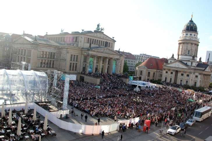 Берлин: концерт «Песни победы» с ошеломительным успехом прошел в центре города