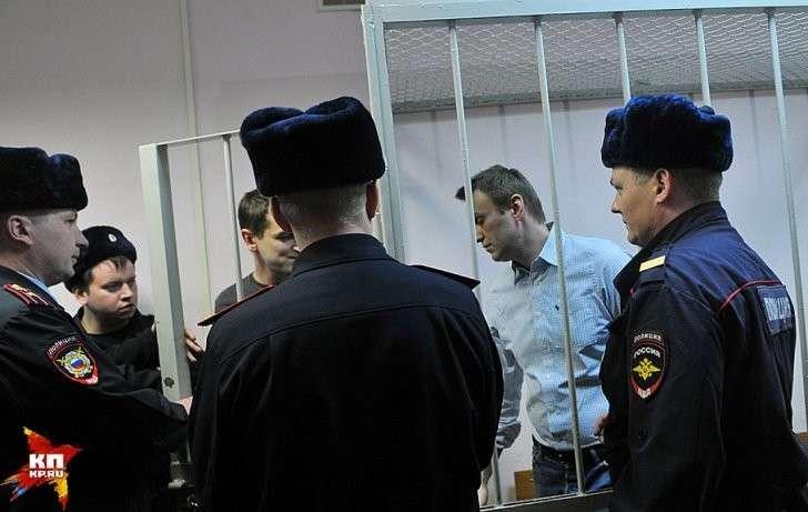 В 2013 году Алексея Навального должны были посадить чуть ли не дважды Фото: Евгения ГУСЕВА