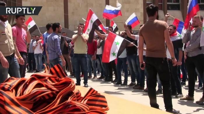 В сирийском Алеппо впервые прошла акция «Георгиевская ленточка»