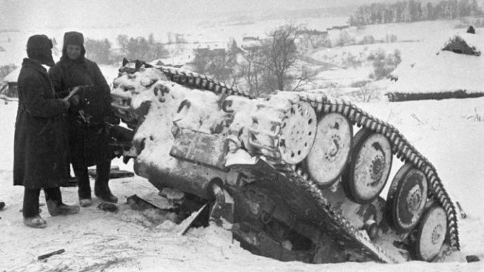 ВОВ: Как советские ружья остановили нацистскую бронетехнику. Охотники на танки