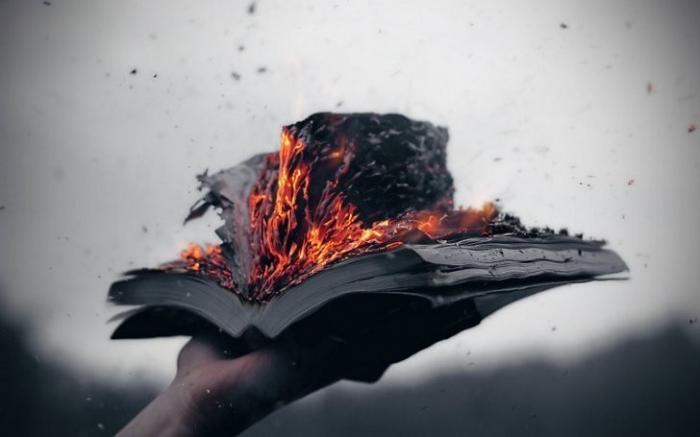 Рукописи, которые не горят: Google оцифровала 25 млн. книг – почему их нельзя читать?