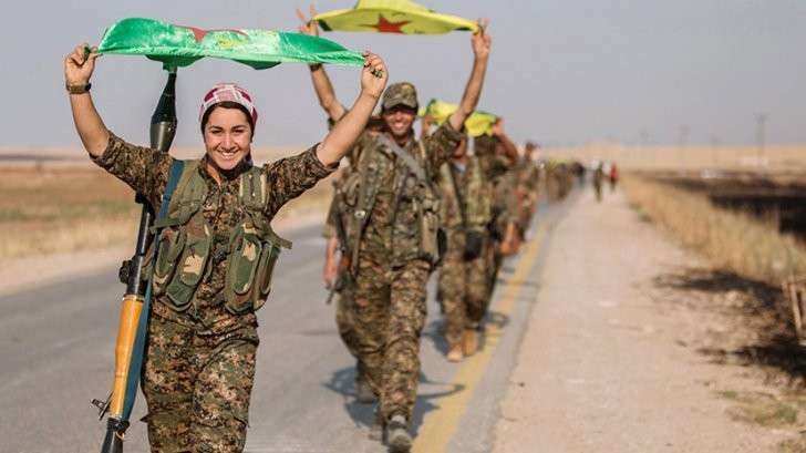 Трамп утвердил план по поставкам оружия курдам для борьбы с ИГ