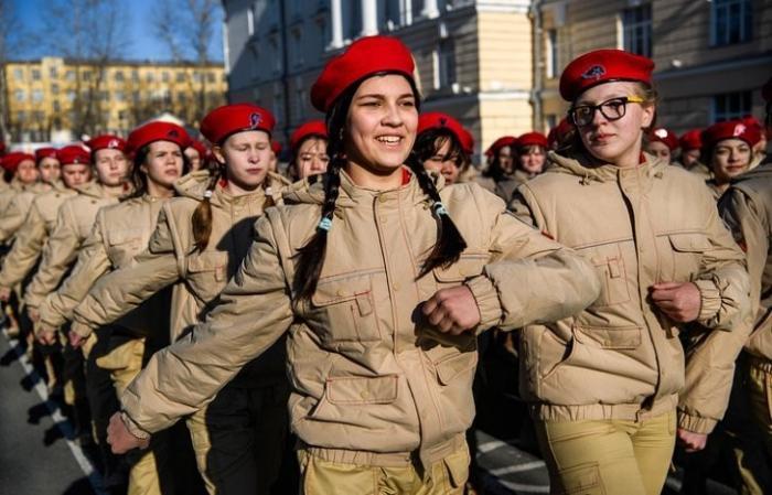«Юнармия» пополнилась на 95 тысяч школьников из всех 85 регионов России