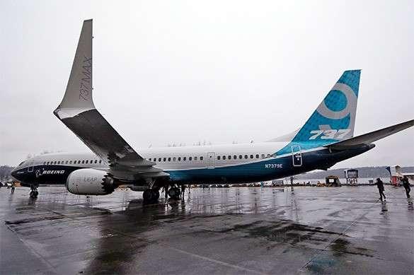 Боинг останавливает полеты новых 737 лайнеров из-за опасных двигателей