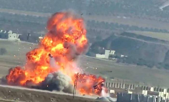 Сирия, Хама: летящая на всех парах БМП-1 словила ракету TOW