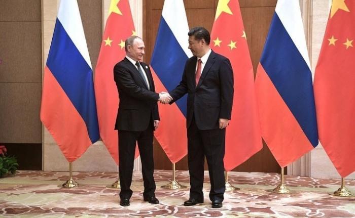 Владимир Путин встретился сПредседателем КНР Си Цзиньпином