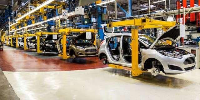 Рецессия в США: Форд сократит 10% персонала