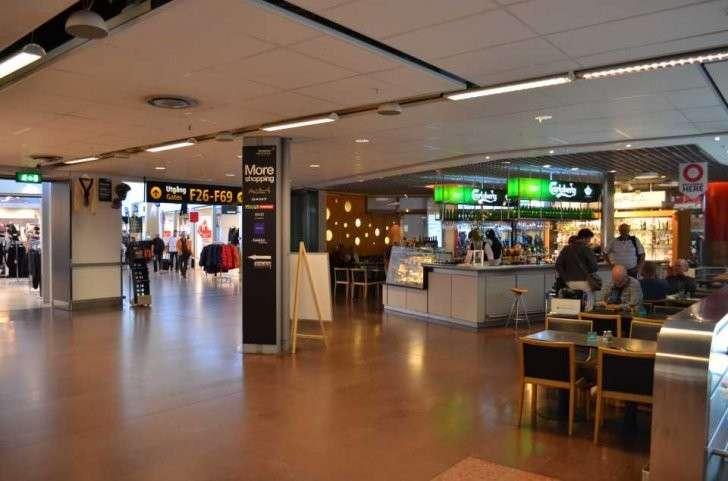 Зона вылета и Duty Free в аэропорту Стокгольма