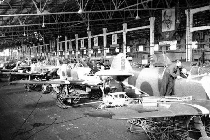 Фашистская Европа в 1945 году потерпела поражение не только на фронте но и на производстве