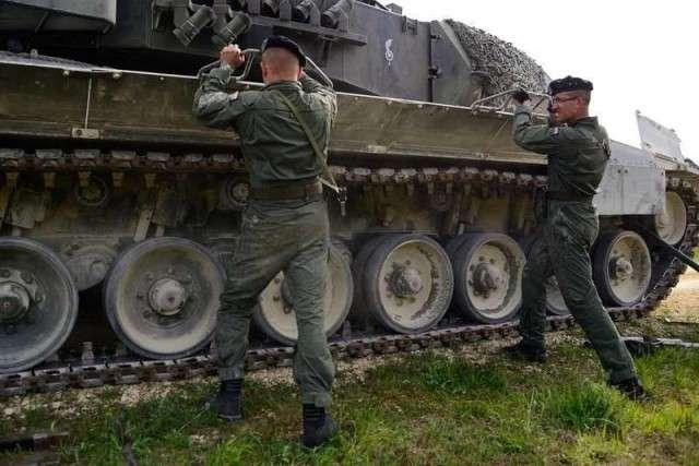 Что русскому биатлон, то немцу смерть. Новейшие «Леопарды» и «Леклерки» не смогли отличиться даже на фоне Т-64
