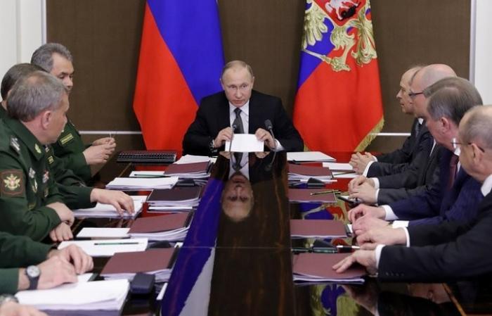 Путин: в обеспечении обороноспособности России надо в полной мере задействовать научный потенциал