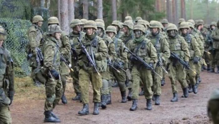 Учения НАТО в Эстонии: число жертв постоянно растёт, как бы они себя не перестреляли