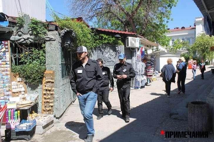 В Севастополе кавказцы захватили дельфинарий