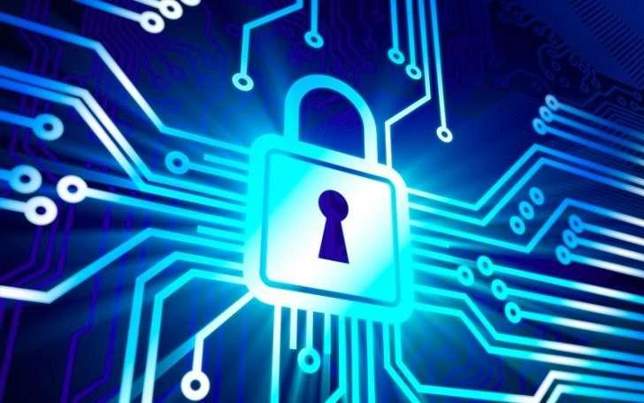 России придётся самостоятельно обеспечивать свою информационную безопасность
