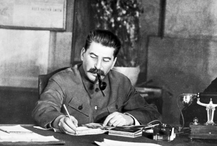 В крови Сталина обнаружен ЯД! В прямом эфире заявил историк Николай Добрюха
