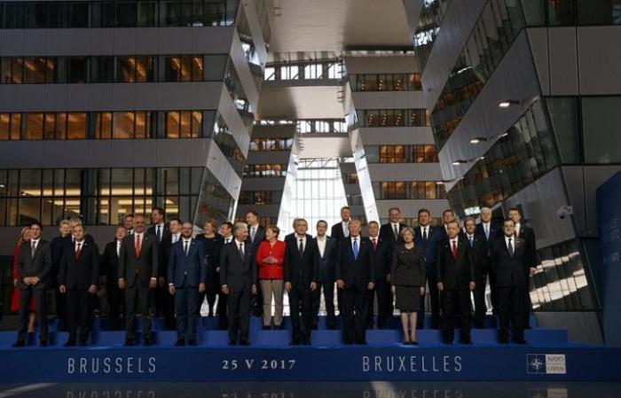 НАТО присоединилась к коалиции США против ИГИЛ и обещала Трампу денег