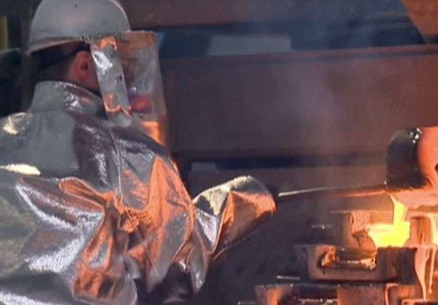 Металлургический завод в Енакиеве эвакуируется из-за обстрелов карателей
