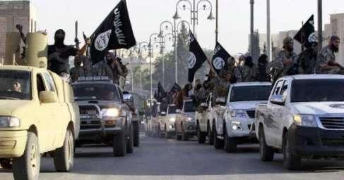 В Сирии ВКС России уничтожили огромную колонну ИГИЛ – впечатляющие кадры