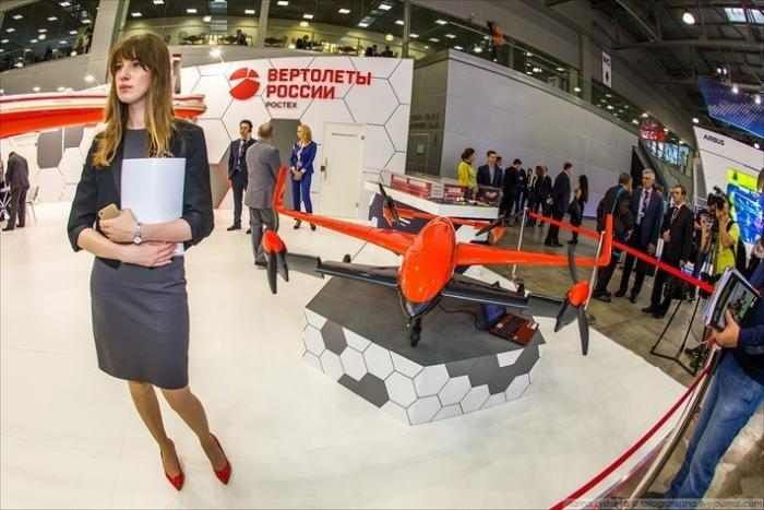 В России стартовала выставка HELIRUSSIA 2017, на которой презентовали вертолёт, похожий на космолёт