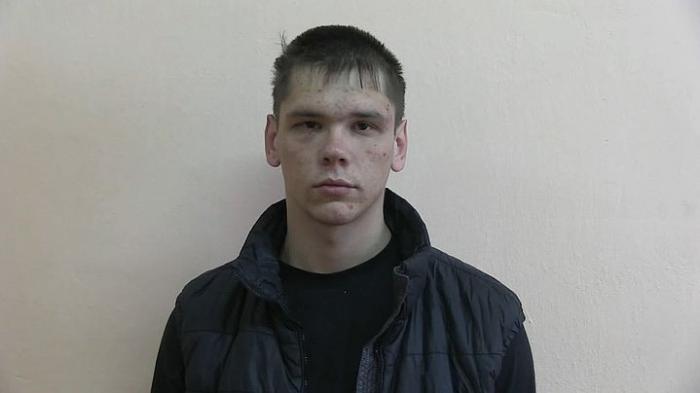 Екатеринбург: задержан парень, который вызвал такси и угнал его
