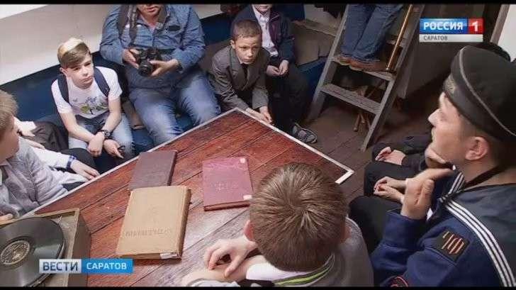 Саратов: Передвижной музей – флотилия времен ВОВ прибыл в город по воде
