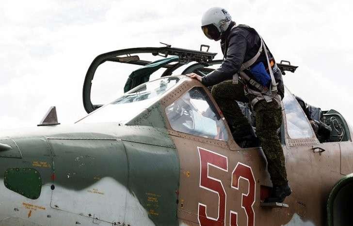 Русские ВКС в Сирии намерены предотвратить выход американских наёмников из Ракки