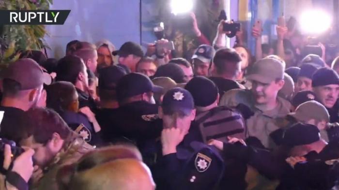 В Одессе отмороженные нацисты сорвали концерт украинской певицы Светланы Лободы