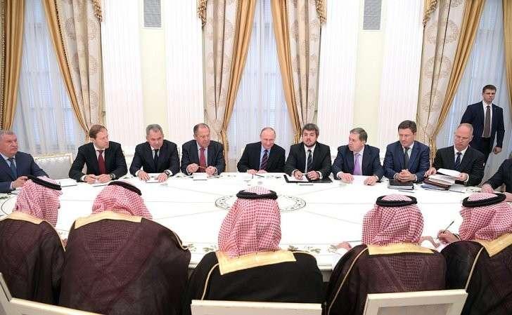 Встреча спреемником наследного принца, министром обороны Саудовской Аравии Мухаммедом бен Сальманом Аль Саудом.