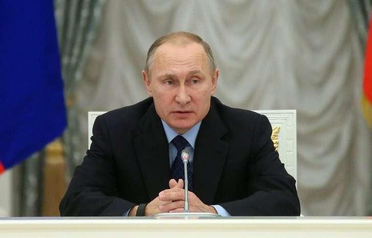 Владимир Путин заявил о необходимости совершенствовать структуру РАН
