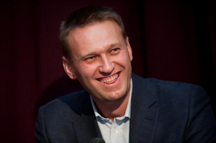 Жулику Навальному плевать не решение российского суда