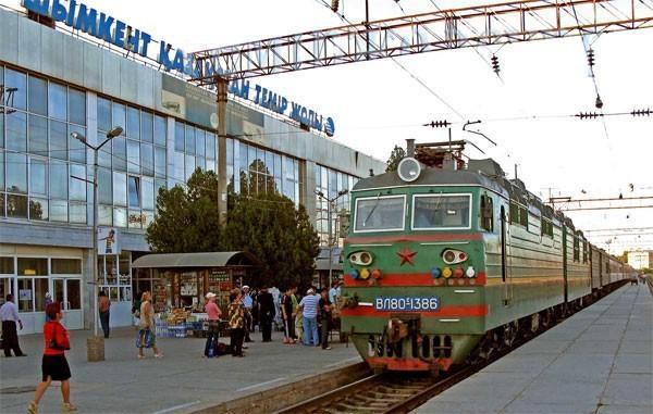 Русские массово покидают Казахстан и переезжают в Россию