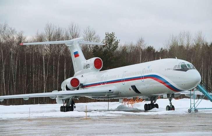 Катастрофа Ту-154 в Сочи произошла из-за ошибок в управлении, утверждает Минобороны