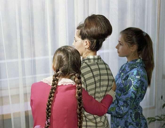 Валентина Гагарина с дочерьми Еленой и Галиной. / Фото: www.ria.ru