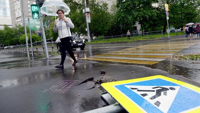 В Москве и Подмосковье число погибших в результате урагана достигло 16 человек
