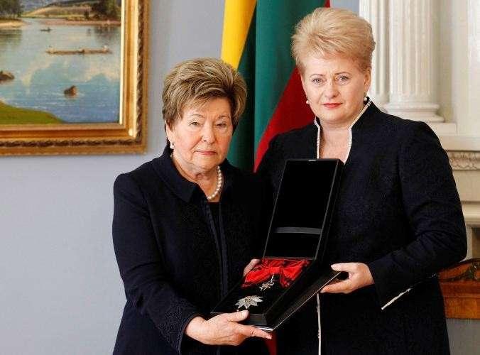 Гореть в аду за такой «рай»! Русофобка Наина Ельцина предложила считать 90-е годы святыми