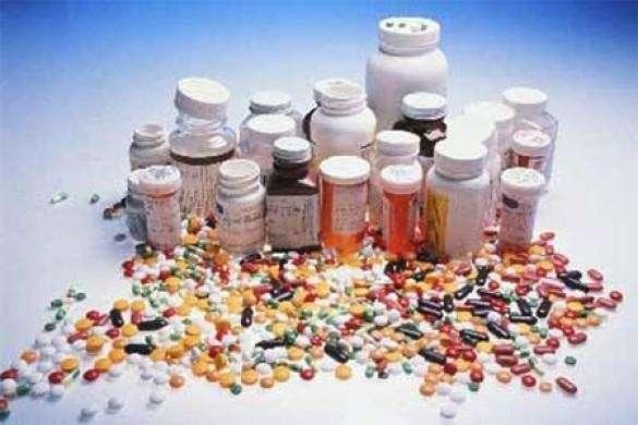 Витамины из ЕС и США попали под эмбарго на ввоз в Россию