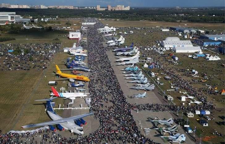 В России на авиасалоне МАКС-2017 покажут 200 самолетов из 10 стран