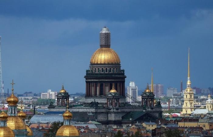 В Петербурге ужесточают требования к инициаторам референдумов из-за передачи Исаакия церковной мафии