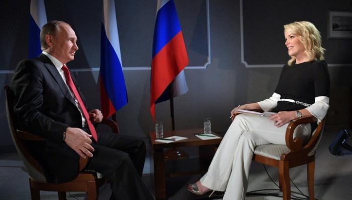Режиссер Оливер Стоун сравнил собеседницу Владимира Путина из NBC с пулеметом