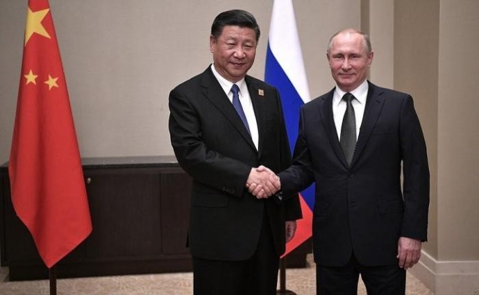 В Астане состоялась встреча Владимира Путина с Председателем КНР Си Цзиньпином