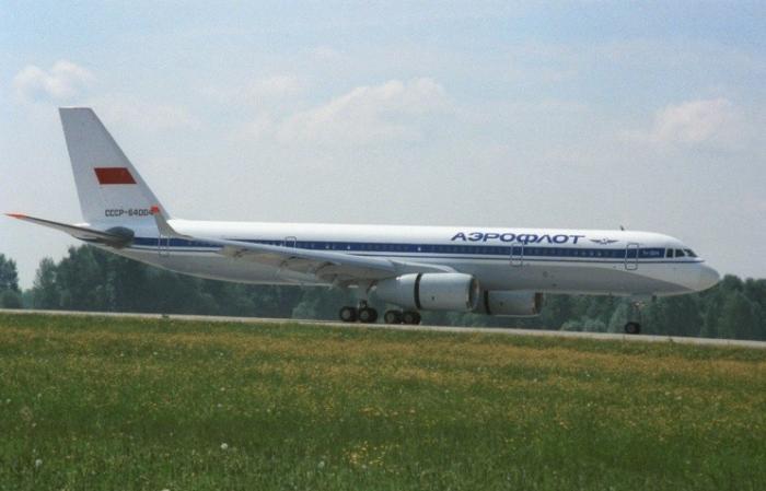 Для полётов в Крым могут быть оперативно построены 11 самолётов Ту-204