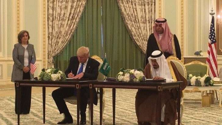 Договор Трампа с саудитами: оружейного контракта с Эр-Риядом на $ 110 млрд. не существует