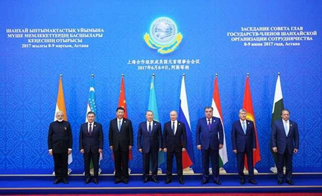 Саммит в Астане: Индию и Пакистан приняли в ШОС