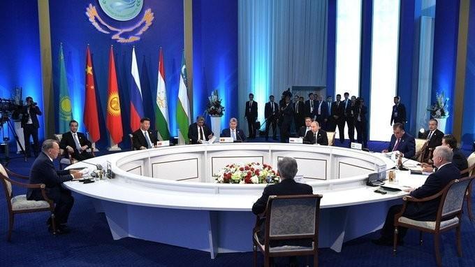 Выступление Владимира Путина насаммите ШОС вузком составе