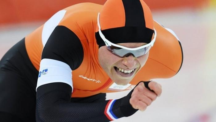 Голландский конькобежец осудил товарища за тренировки с этими «вонючими русскими»