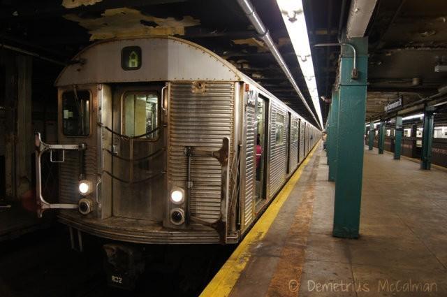 Метрополитен Нью-Йорка поставил мировой рекорд. Он использует самые старые вагоны в мире