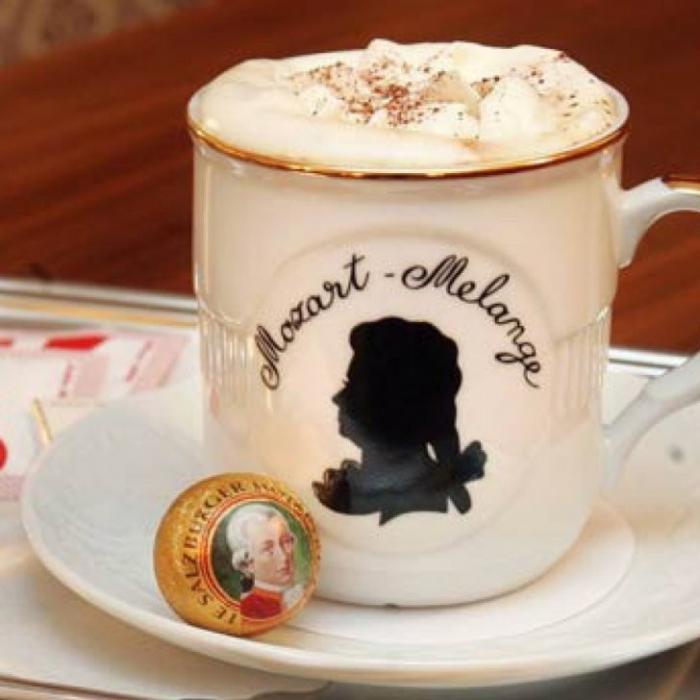 Вальцман предлагает самому нищему народу в Европе посетить Венскую оперу и выпить кофе в Словакии