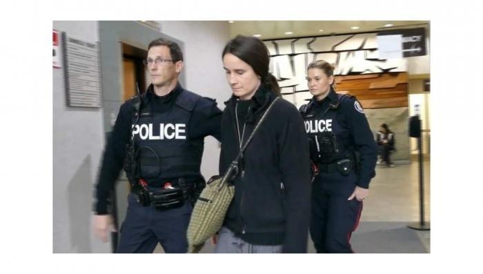 В Канаде судят женщину за мирную борьбу против убийств абортами
